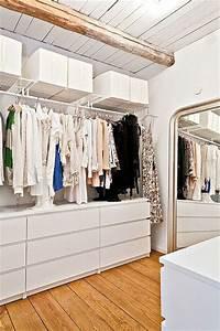 Kleiderschrank Für Schrägen : die 25 besten ideen zu kleiderschrank auf pinterest schr nke minimalistischer wandschrank ~ Sanjose-hotels-ca.com Haus und Dekorationen
