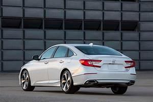 Honda Accord 2017 : 2018 honda accord reviews and rating motor trend ~ Melissatoandfro.com Idées de Décoration