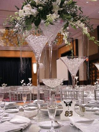cheap glass vases for centerpieces wedding centerpiece favors ideas