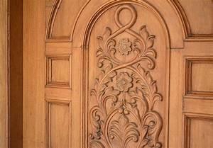 Carving, Door