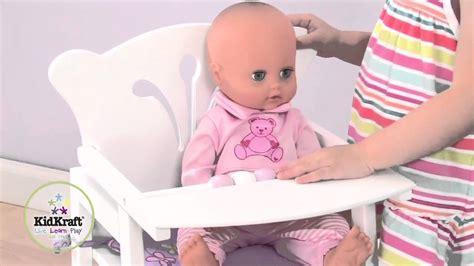 chaise haute poup e chaise haute en bois pour poupée