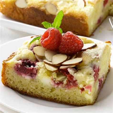 Look into these remarkable raspberry cream cheese coffee cake and also let us understand what you think. Raspberry Cream Cheese Coffee Cake