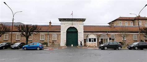 maison d arrt de fresnes un d 233 tenu de la prison de fresnes s 233 vade durant un tournoi de boxe le point