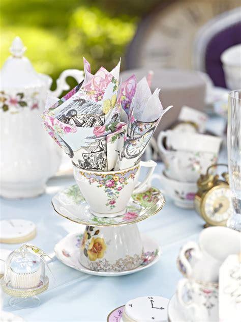 Im Wunderland Tisch by Mit Im Wunderland Eine Zuckers 252 223 E Tea Feiern