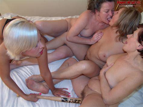Bizarre Mature Sex Tubezzz Porn Photos