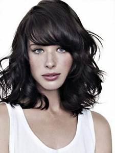 Frange Cheveux Mi Long : photos coupe cheveux mi long boucle avec frange ~ Melissatoandfro.com Idées de Décoration