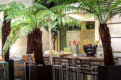 restaurant le patio opera le patio op 233 ra c 233 l 232 bre le printemps