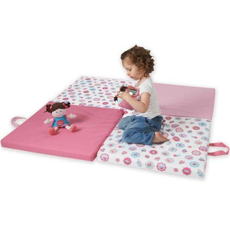tapis chambre bébé fille pas cher tapis chambre bebe fille pas cher tapis de chambre
