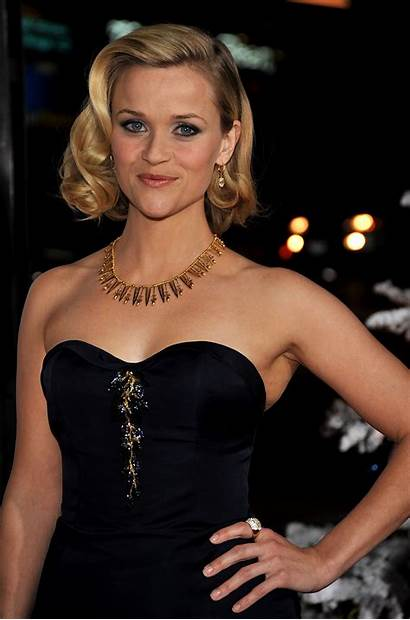 Reese Witherspoon Christmases Four Angel Premiere Famousnipple