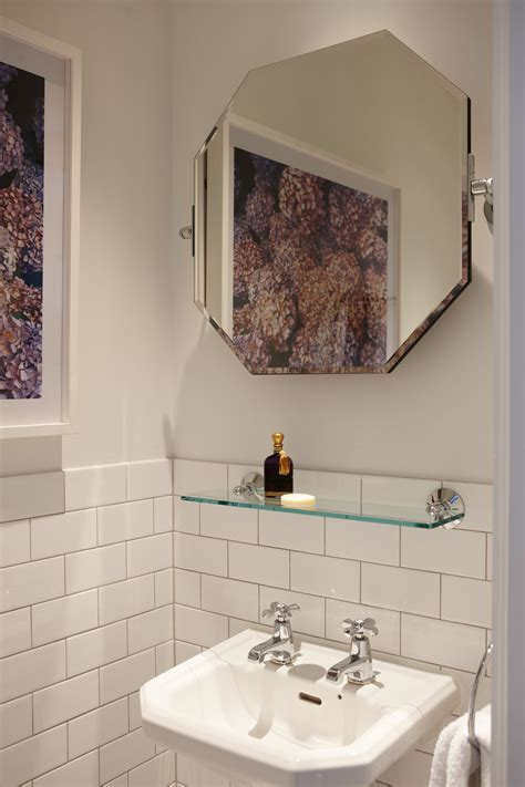 Bathrooms: 1920s luxury