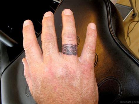 finger mann 43 best finger tattoos for couples