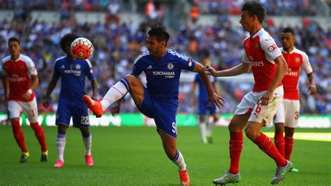 direct arsenal   chelsea  earn community shield