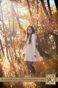 Vintage Themed Senior Pictures In The Durango Fall