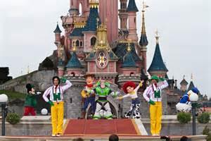Disney Paris Rides