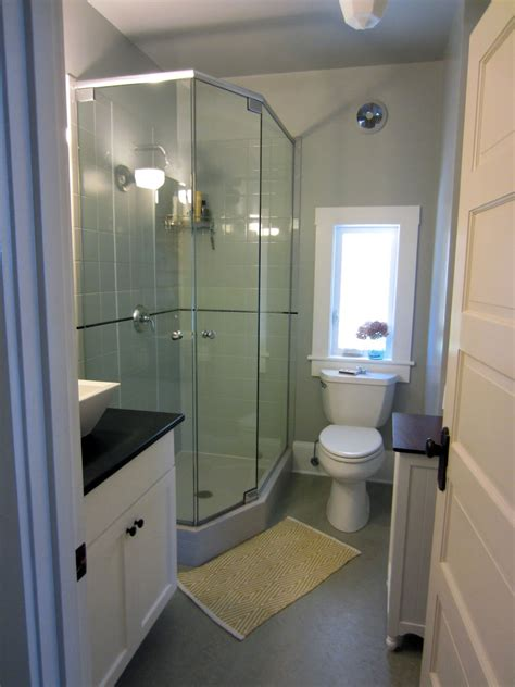 Ideas For Small Bathrooms Without Windows by Kienteve Home Decor Ideas April 2014