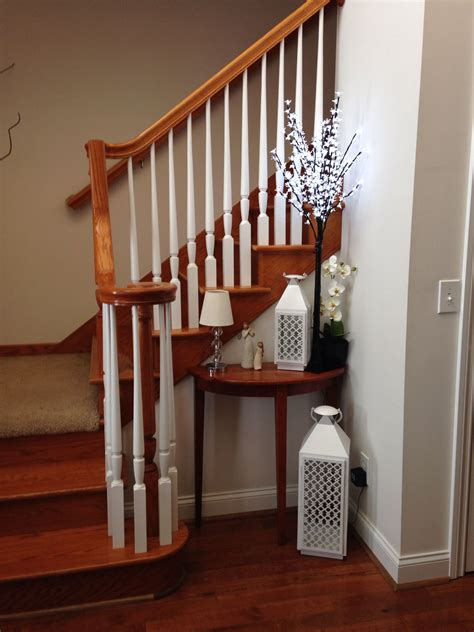 Decorating Ideas For Living Room With Stairs by Stairway Decorating Entryway Decoration Stairway
