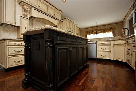 colour for kitchen cabinets antique white distressed cabinets and antique white 5590