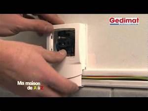 Goulotte Electrique Avec Prise : electricit sous goulotte gedimat ma maison de a z youtube ~ Mglfilm.com Idées de Décoration