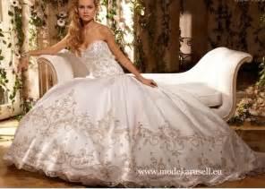Stickereien Brautkleid 2013 Von Modekarusell Gr 34 Bis Gr