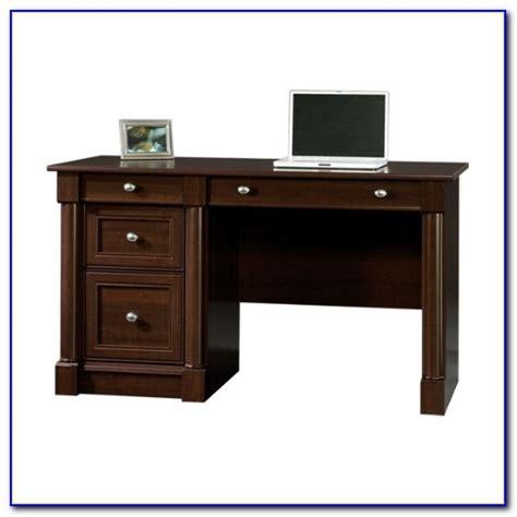 sauder palladia executive desk in vintage oak sauder palladia computer desk with hutch in cherry desk