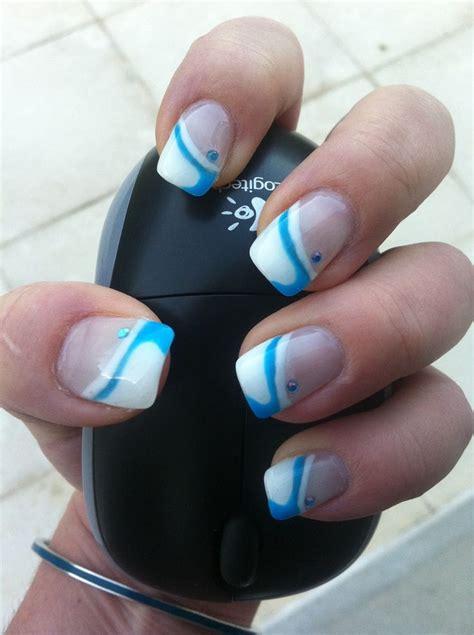 ongles en gel blanche et d 233 coration bleu tutoriels fran 231 ais et ongles