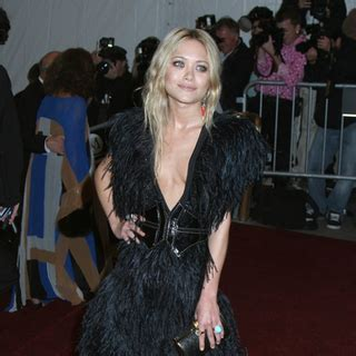 Mary Kate Olsen Breaks Up With Boyfriend Max Snow