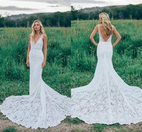 2017 Romantic Boho Elegant Backless Lace Wedding Dresses V