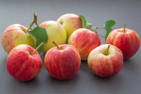 best water filters for water trying to avoid pesticides peel your apples study says