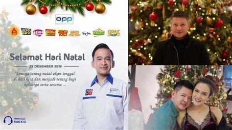 beda gaya artis rayakan natal  foto keluarga ruben