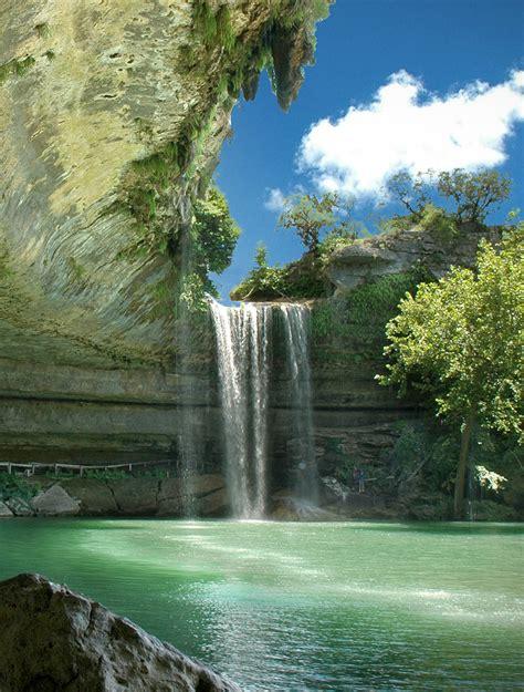 15 Beautiful Photos of Amazing Waterfalls - BeautyHarmonyLife