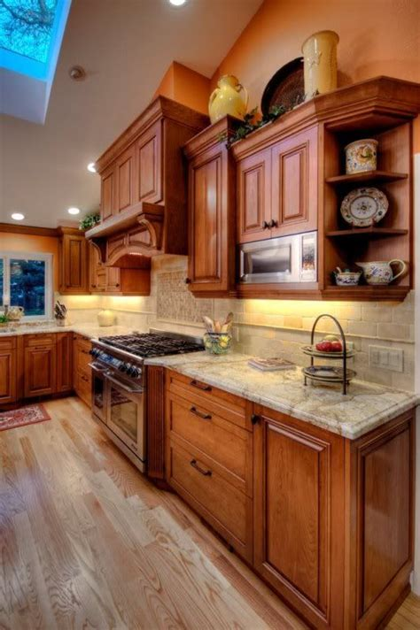 kitchen cabinets not wood 1000 ideas about maple cabinets on maple 6255