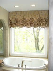 bathroom window valance ideas 102 best images about window treatments on window treatments drapery designs and