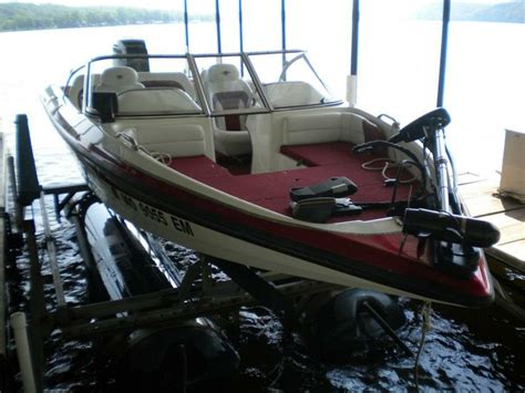 Used Fish And Ski Boats For Sale In Tennessee by 25 Best Ideas About Ski Boats For Sale On Ski