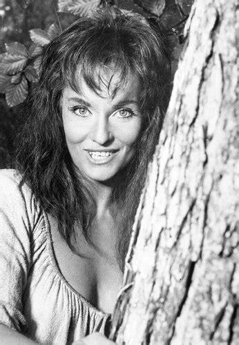 diane cilento oscar nominated actress dies