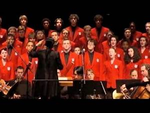 Chicago Children's Choir performs Sanctus from the Faure ...