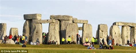 stonehenge builders  ball bearings  move giant
