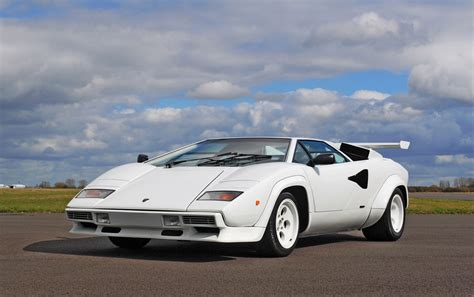 dtuning  lamborghini countach coupe  dtuningcom
