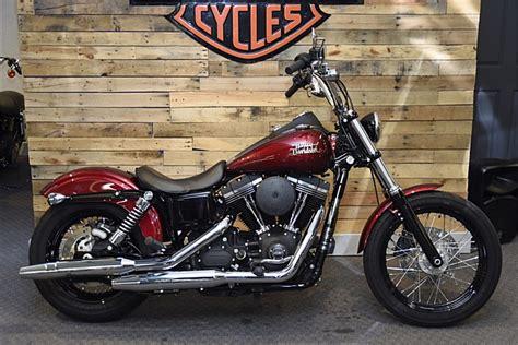 2016 Harley-davidson® Fxdb Dyna® Street Bob® (velocity Red