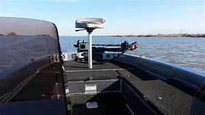 1988 Champion Boat 184