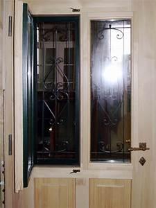 Fenster Mit Gitter : handgeschmiedete t rgitter aus eisen auf ma gefertigt ~ Sanjose-hotels-ca.com Haus und Dekorationen