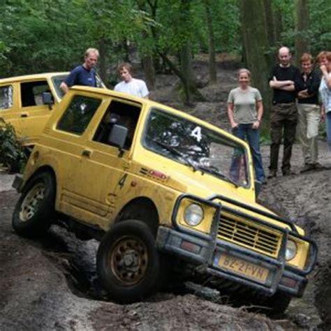 kleed 4x4 leer 4x4 terreinrijden individueel of jeepsafari toertocht