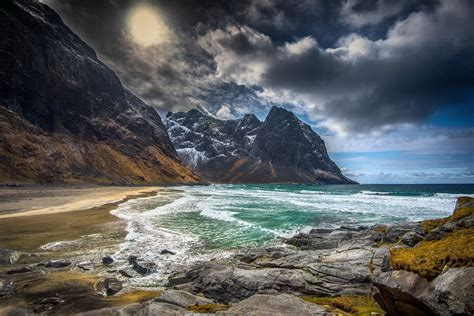 Kvalvika Beach Norway Beach Lofoten Sea Ocean Wallpaper