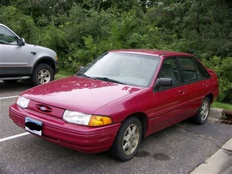 Purchase Used 1996 Ford Escort Lx Hatchback 4door 19l In