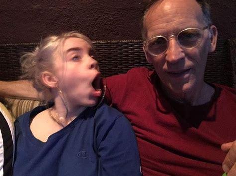 Billie and her dad awe   Billie eilish, Billie, Singer