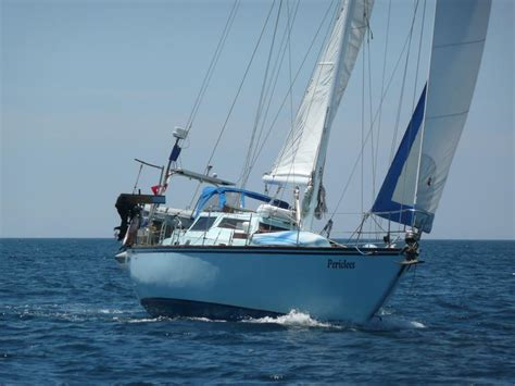 Sailboat Vancouver by 1999 Cruising Yacht Company Vancouver Offshore 44 Sailboat