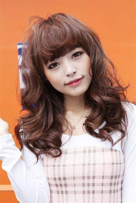 sweet long japanese hairstyle  girls long wavy