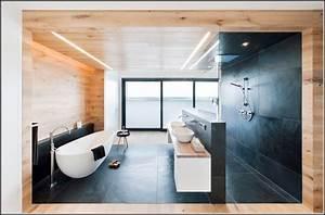 Freistehende Badewanne Günstig Kaufen : freistehende badewanne schweiz energiemakeovernop ~ Bigdaddyawards.com Haus und Dekorationen