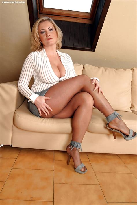 Veronika A Milf In Coffee Color Pantyhose And Heels More Womens V Pinterest