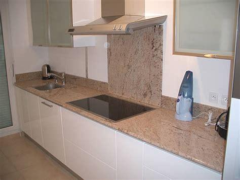 carrelage cuisine plan de travail plan de travail cuisine en granit cuisine naturelle