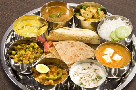 classical cuisine indian cuisine chicken curry ayesha 39 s kitchen